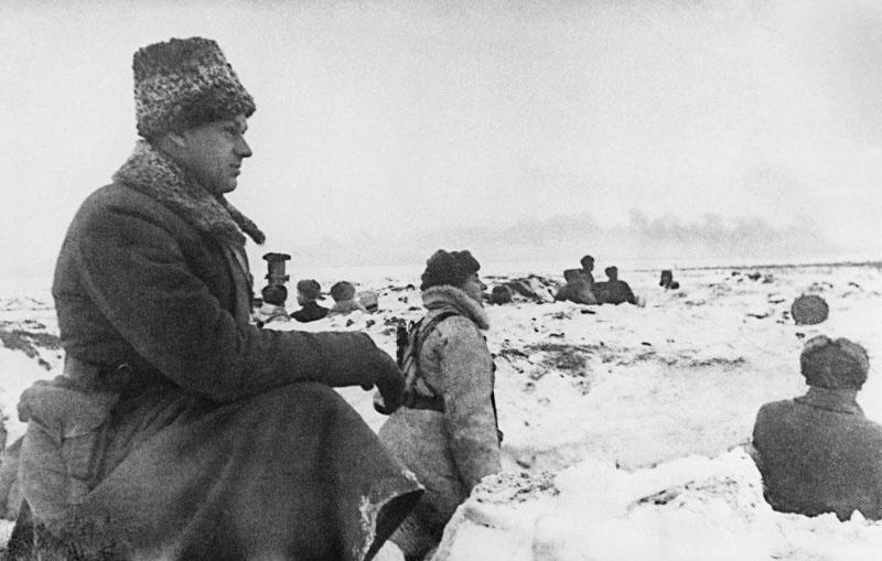 Командующим Донским фронтом генерал Рокоссовский.