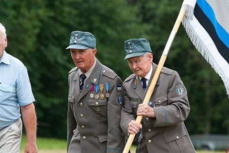 Общая численность 20-й эстонской добровольческой дивизии СС в годы войны достигала 15 тысяч солдат и офицеров.