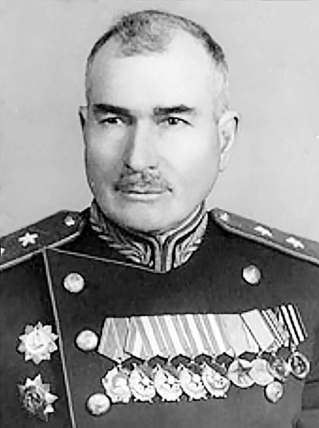 Командующий 28-й советской армией генерал-лейтенант Алексей Гречкин.