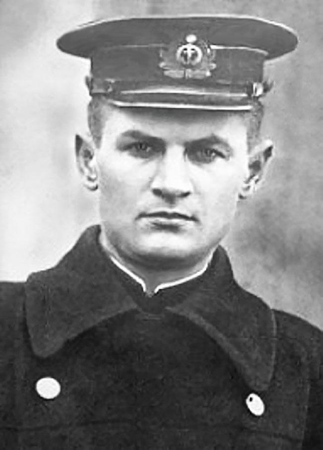 Старший лейтенант Константин Ольшанский.