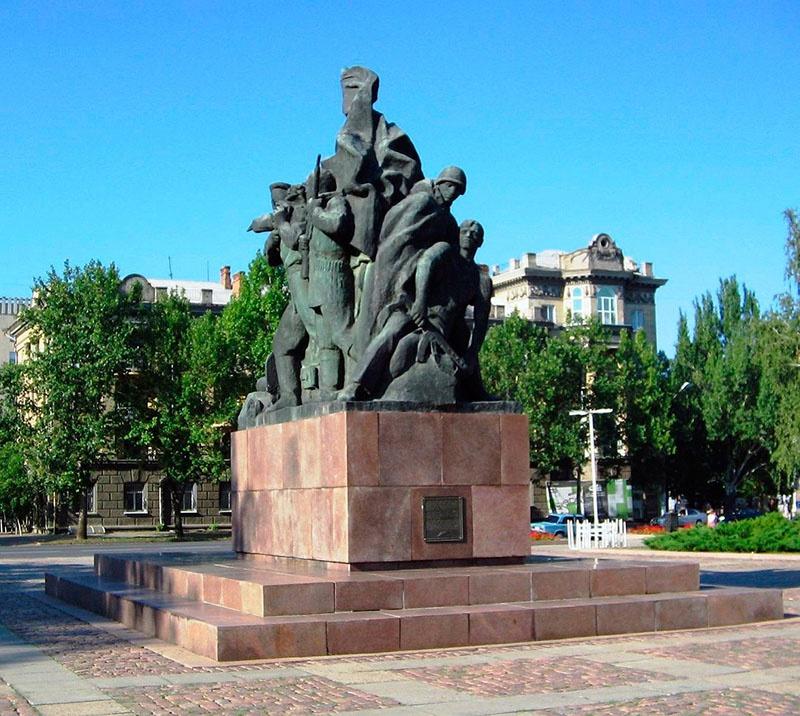Мемориал десантникам К.Ф. Ольшанского в городе Николаеве.