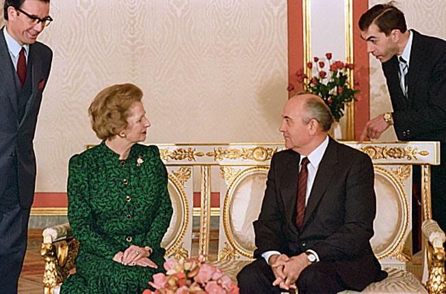Премьер-министр Великобритании Маргарет Хильда Тэтчер и Генеральный секретарь ЦК КПСС Михаил Сергеевич Горбачев.