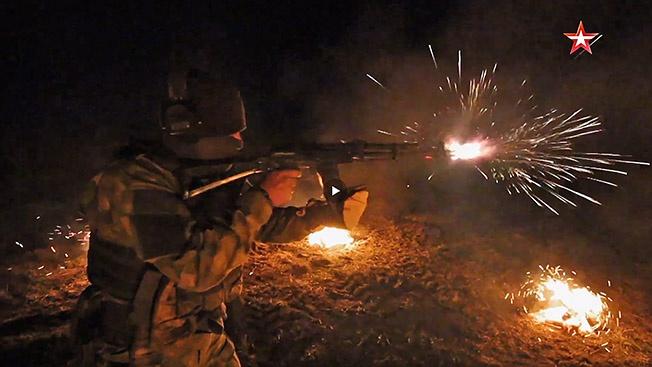 Испытание огнем: экстремальная проверка автомата Калашникова
