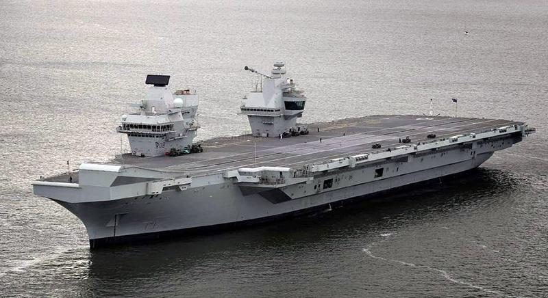 На новом британском авианосце HMS Queen Elizabeth самолеты будут взлетать с трамплина.