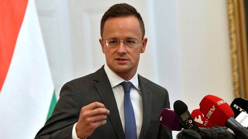 Глава венгерского МИДа Петер Сийярто не считает, что с «Турецким потоком» Венгрия потеряет свою независимость.