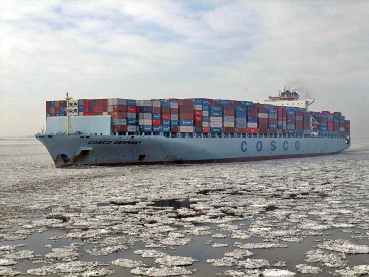 В 2013-м судно китайской компании Cosco прошло из Китая в Швецию.