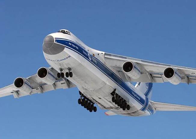 Ан-124 «Руслан» впервые «пощупал» небо в конце 1982 года.