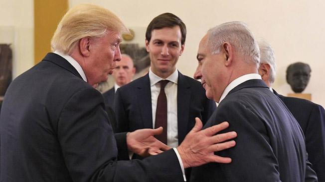 Просто дочь просила, не мог отказать, а что зять, убедивший дочь попросить, дурак, так Трамп не виноват. И Израиль отказаться от «благодеяний» мог.