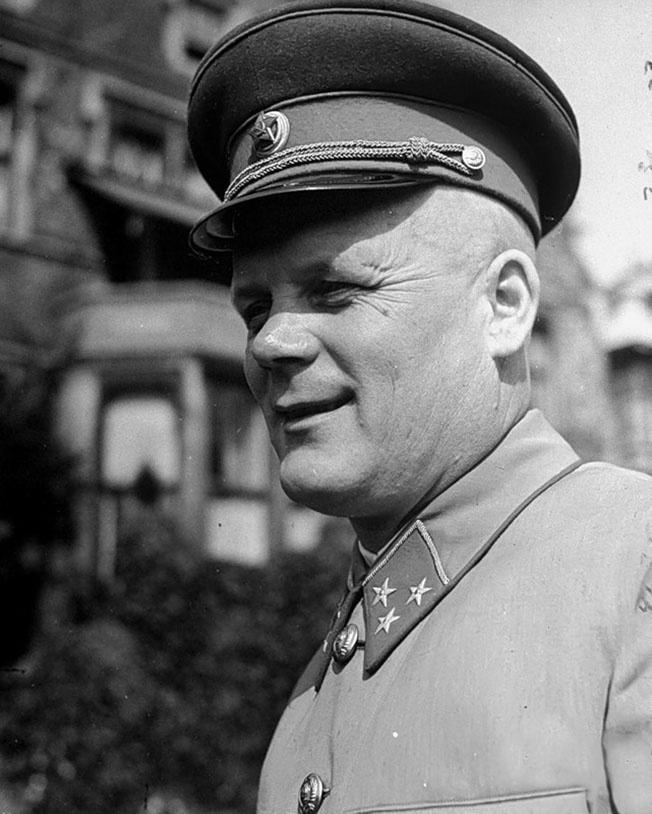 Назначение руководителем военной миссии именно генерал-лейтенанта Филиппа Голикова оказалось оправданным.