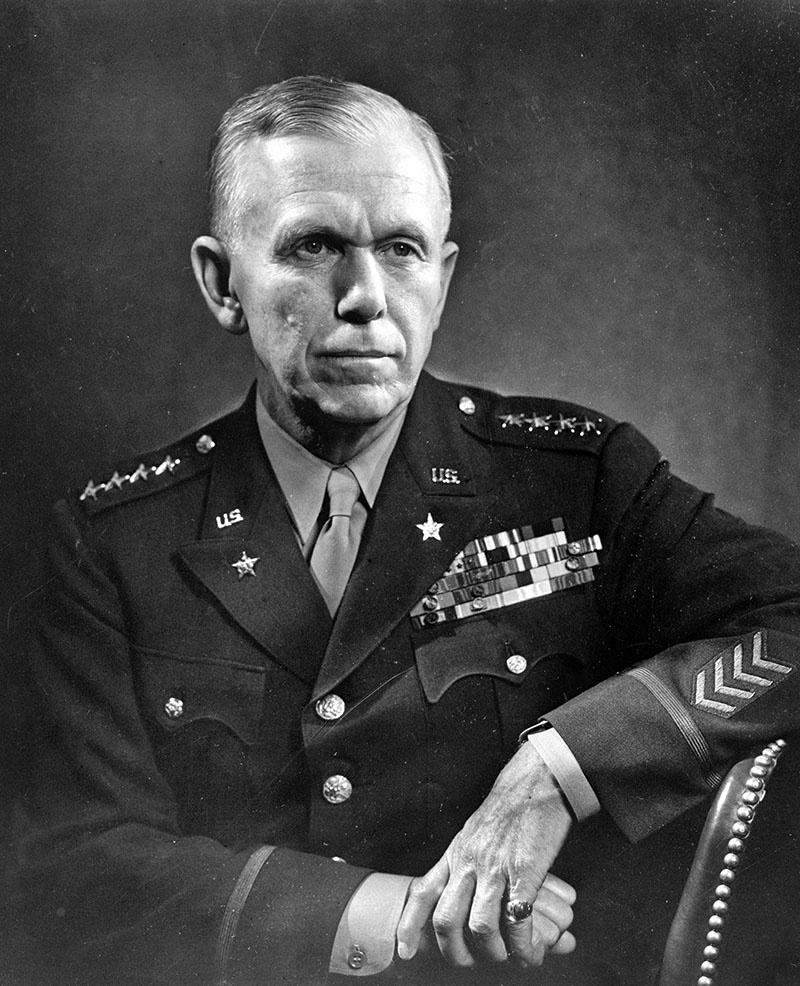 Начальник штаба армии США генерал армии Дж. Маршалл.