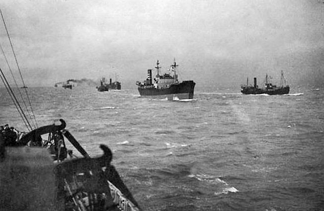 31 августа 1941 г. в Архангельск с Британских островов прибыл первый конвой с военными грузами.