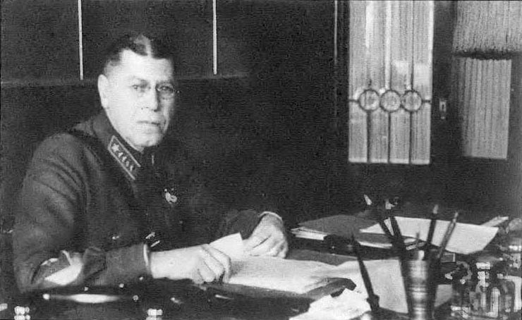 Борис Михайлович взялся за обобщение практики генеральных штабов различных стран.