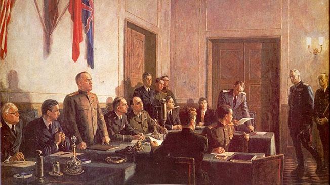 9 мая 1945 года. 0 часов 43 минуты. Победа!