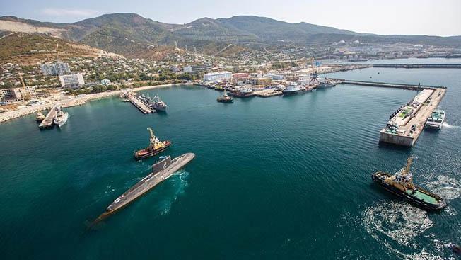 Новые комплексы и корабли: какова мощь военной базы в Новороссийске