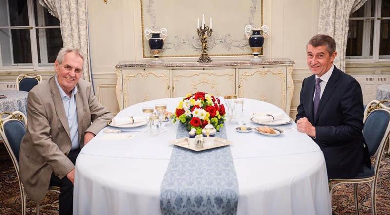 Президент Чехии Милош Земан и премьер-министр Чехии Андрей Бабиш.