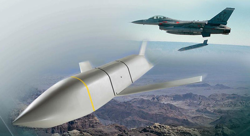 На подходе модификация КРВБ AGM-158 JASSM с литерами XR, с планируемой дальностью действия 1.600 км.
