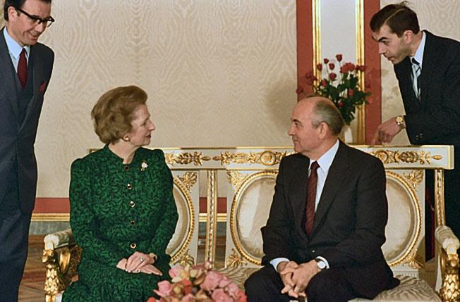 Именно Маргарет Тэтчер нашла и окрутила Михаила Горбачева, который стал могильщиком СССР и всего лагеря социализма.