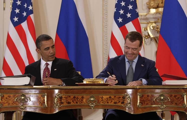 Подписание Договора СНВ-3 в Праге в апреле 2010 президентами США и России. Кому это было выгодно?
