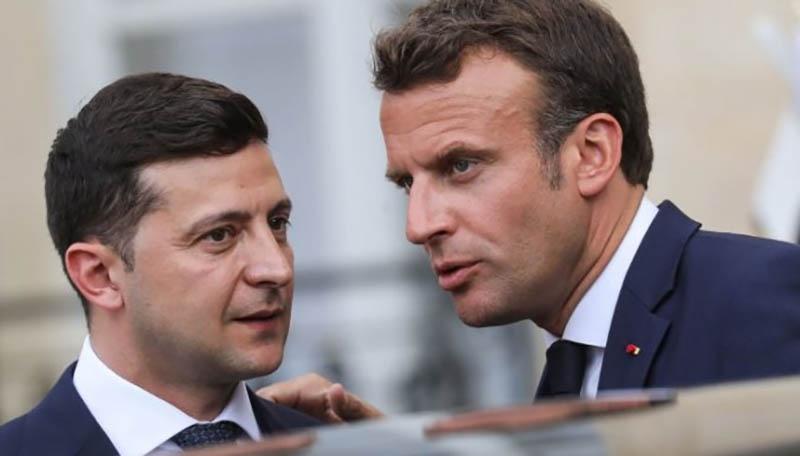 Общение двух политиков-ровесников (Эмманюэль старше Зеленского всего на месяц).