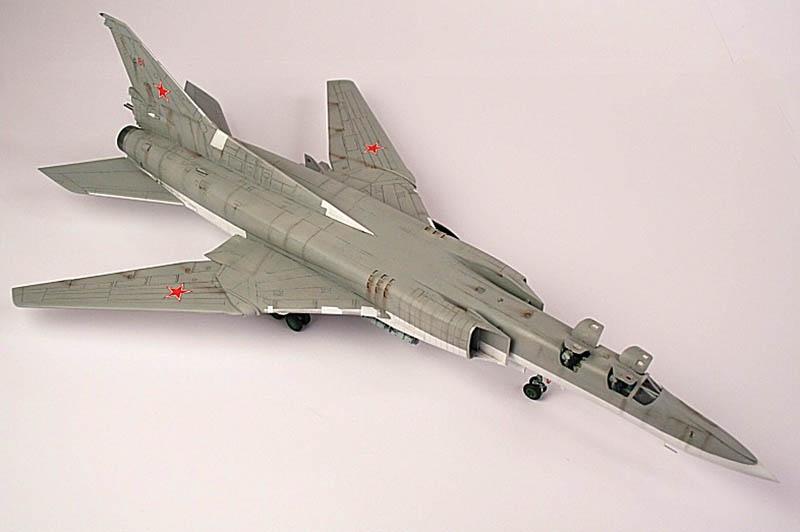 Ту-22М2, макет китайской фирмы «Trumpeter».