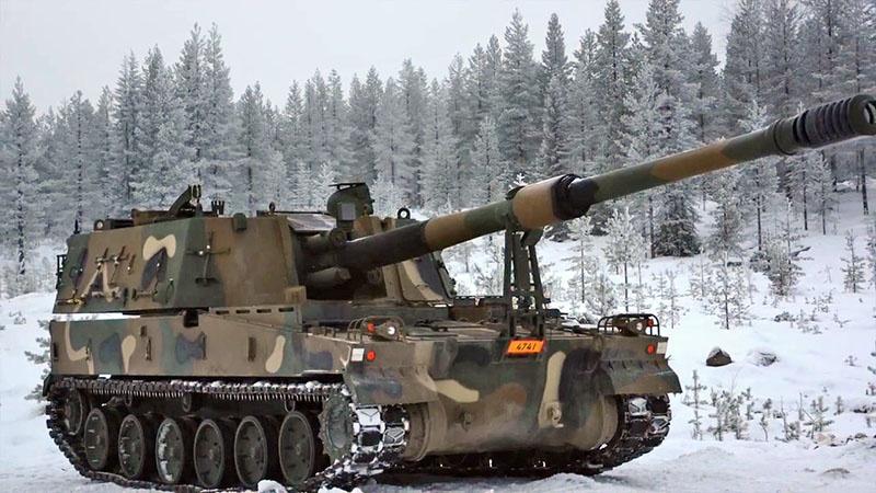 Корейская САУ в норвежских снегах.