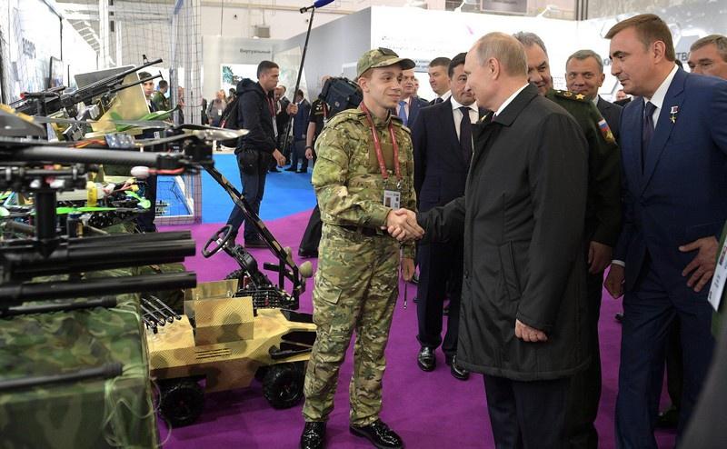 Форум «Армия-2019» посетил президент России Владимир Путин.