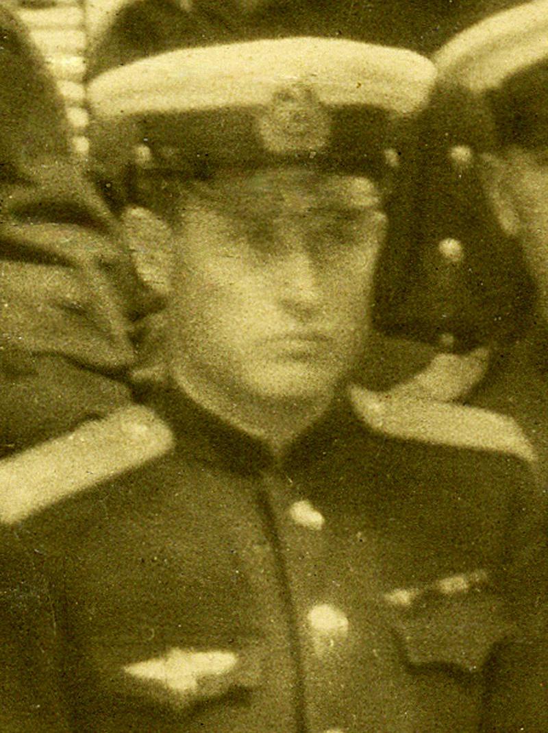 Военный лётчик Иван Алефиренко.