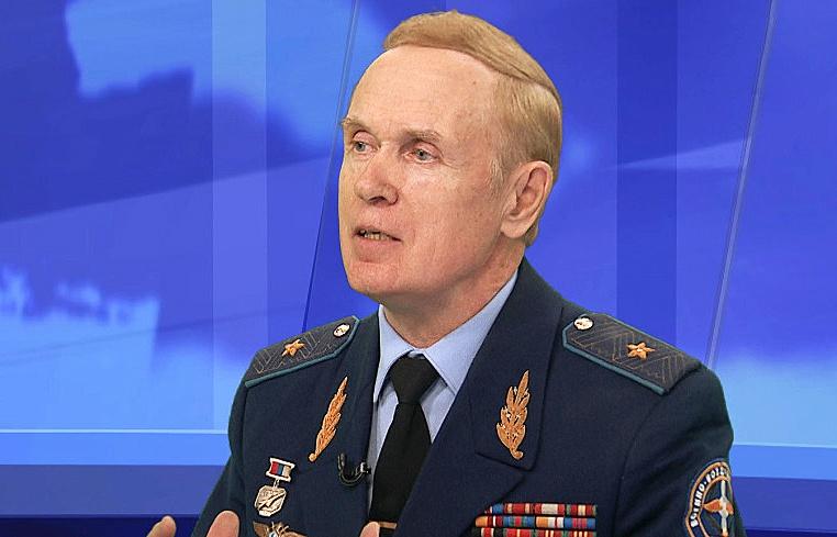 Военный лётчик России генерал-майор Владимир Попов.