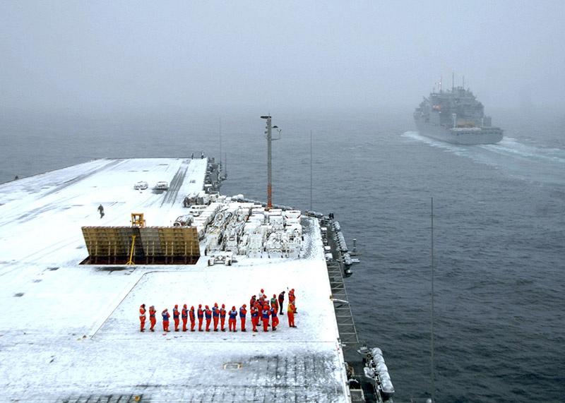 Авианосец USS Harry S.Truman в ходе учений у берегов Норвегии в ноябре 2018 года не был в состоянии полноценно использовать свою палубную авиацию.