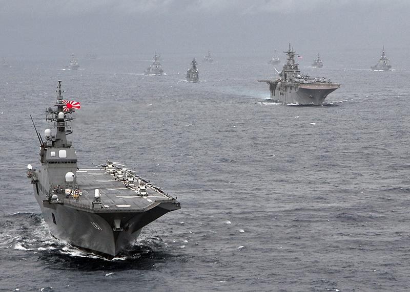 Япония тоже вложилась в авианесущие корабли.