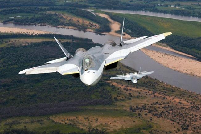 На борту Су-57 стоит несколько РЛС.