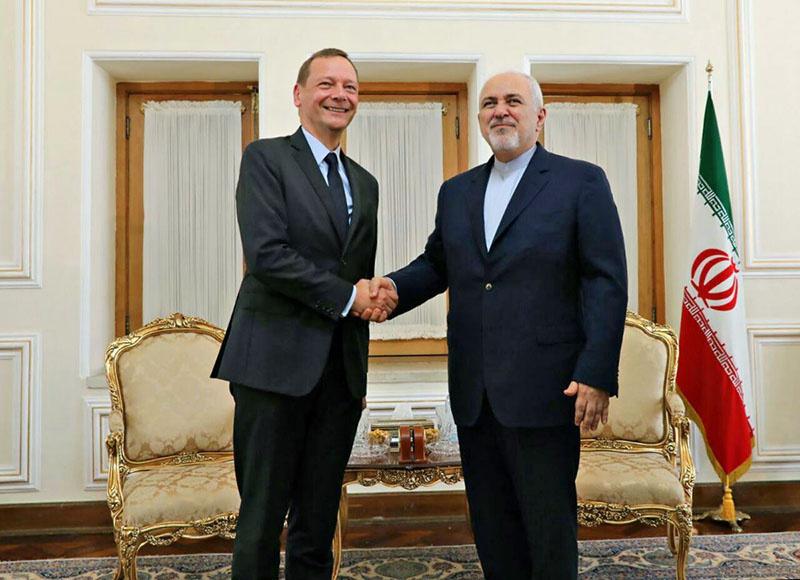 Замглавы МИД Франции Эммануэль Бонн встретился с министром иностранных дел Ирана Джавадом Зарифом.