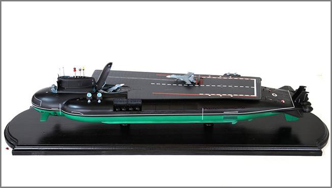 Проект подводного авианосца на базе атомной субмарины проекта 941.