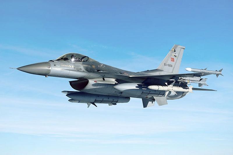 Турция традиционно использует американские F-16.