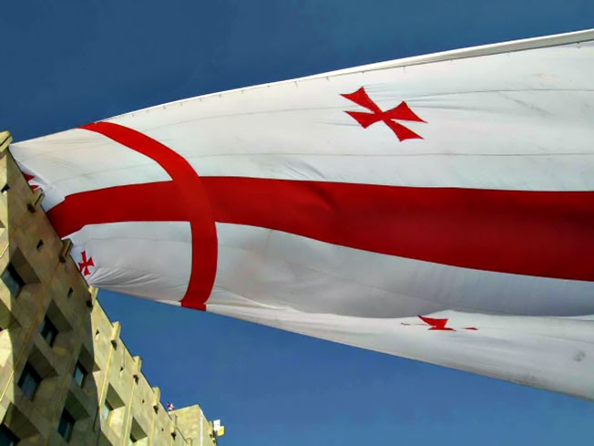 «Революция роз» в Грузии - одна из тех «букетов», созданных и спровоцированных англосаксами.