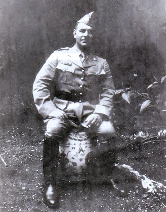 Николай Туроверов - поэт и легионер.