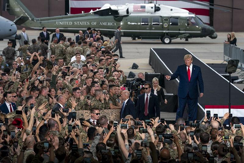 Дональд Трамп надеется на поддержку военного лобби на следующих выборах.
