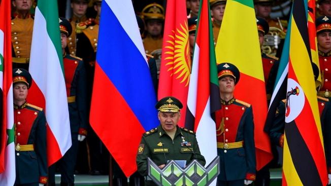 Министр обороны РФ Сергей Шойгу: «Чем больше нас, участников таких состязаний, тем крепче мир»
