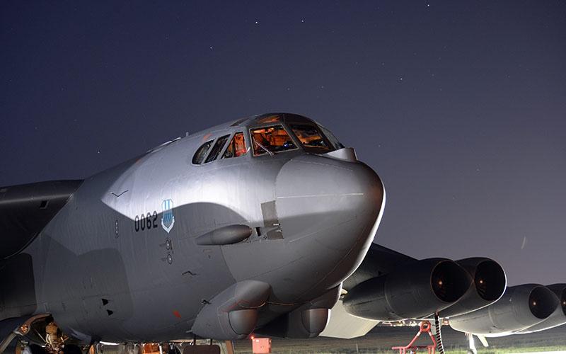 Американский «бомбер-стратег» В-52 к 2019 году «пережил» четыре волны перевооружения.