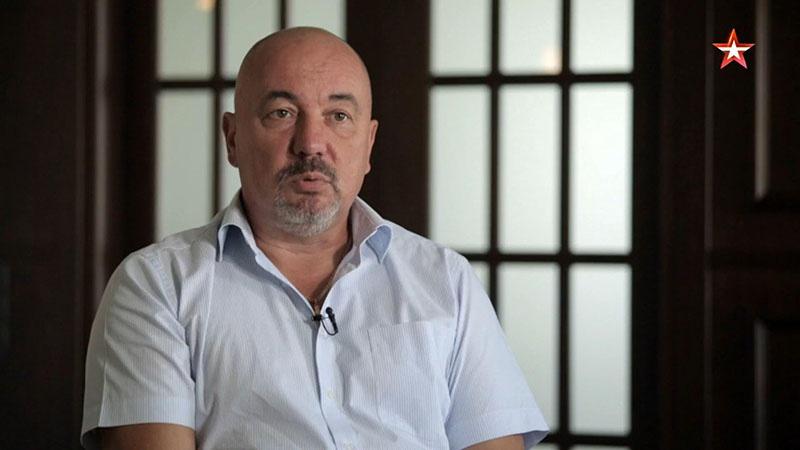 Внук Зиновия Колобанова Андрей Колобанов во время интервью телеканалу «Звезда».