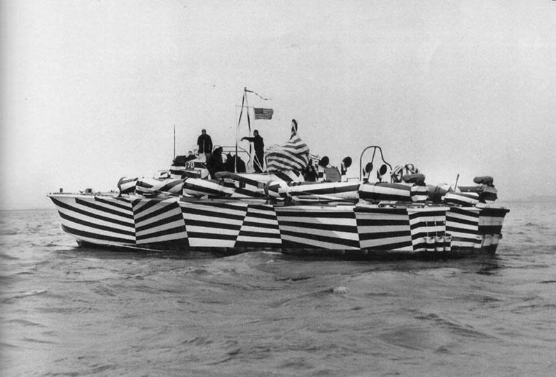 Камуфляж кораблей создан не для того, чтобы скрыть судно из виду, а для введения в заблуждение противника.