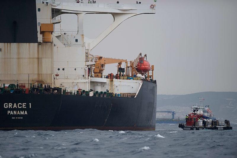 По просьбе США был задержан иранский танкер «Grace1», который заподозрили в перевозке нефти в Сирию.