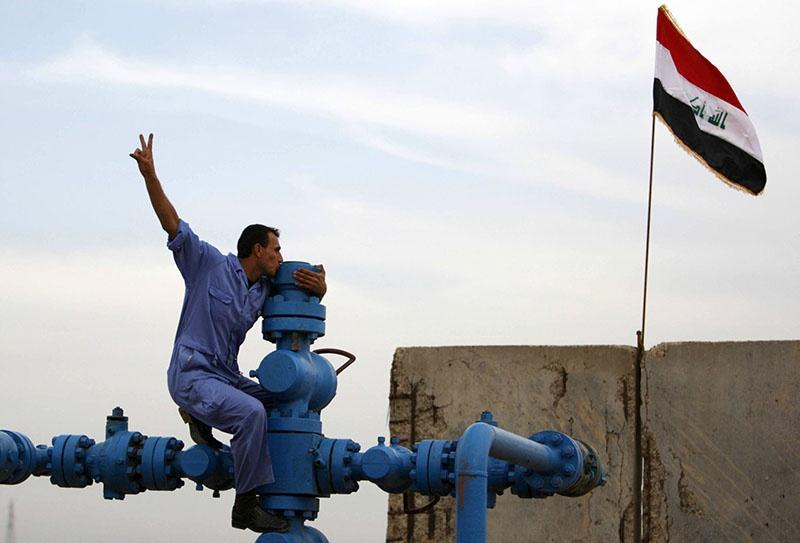 Ирак добывает сегодня, по разным источникам, от 4,4 до 4,8 миллионов баррелей нефти в сутки.
