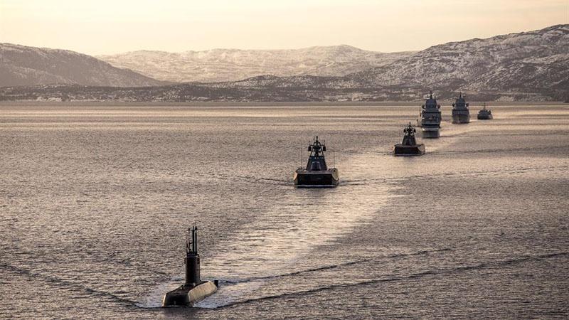 Если норвежское законодательство установит, что все российские суда без изъятия должны рассматриваться как «легитимная цель», то получается, что ВМФ Норвегии имеет право топить или секвестировать их без зазрения совести.