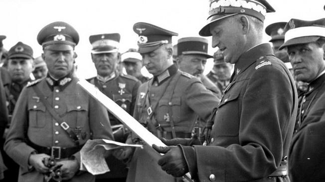 Польские генералы: «Между Германией и Польшей существует секретный военный договор против СССР»