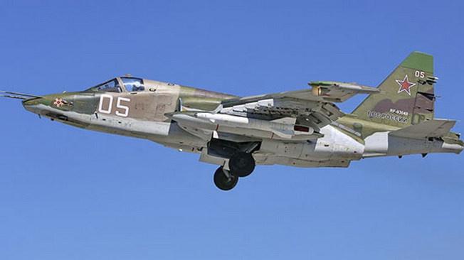 Экипажи штурмовиков Су-25 авиабазы Кант (Киргизия) поддерживая основную группировку войск, провели учебно-тренировочные полёты.