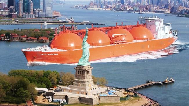 Американский СПГ раза в полтора дороже российского трубопроводного газа.