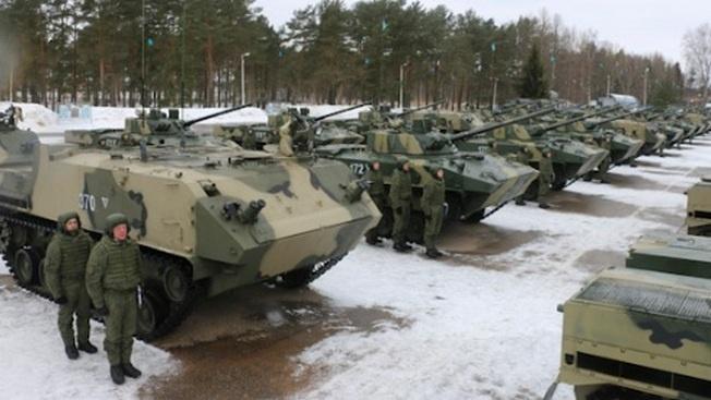 В Псковское соединение ВДВ поступили новейшие боевые машины десанта БМД-4М и БТР-МДМ «Ракушка», 14.03.2019.