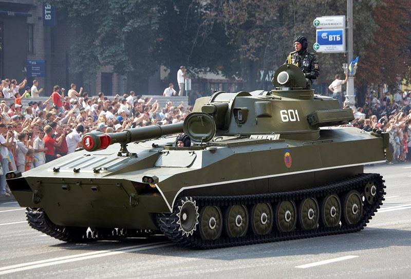 Крупнокалиберная артиллерийская система САУ 2С1 «Гвоздика».