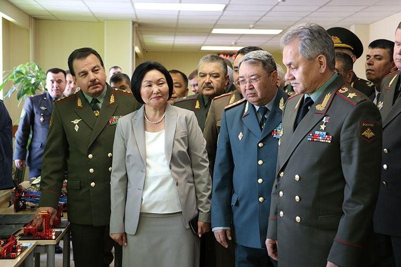 Посещение училища министром обороны РФ генералом армии Сергеем Шойгу.